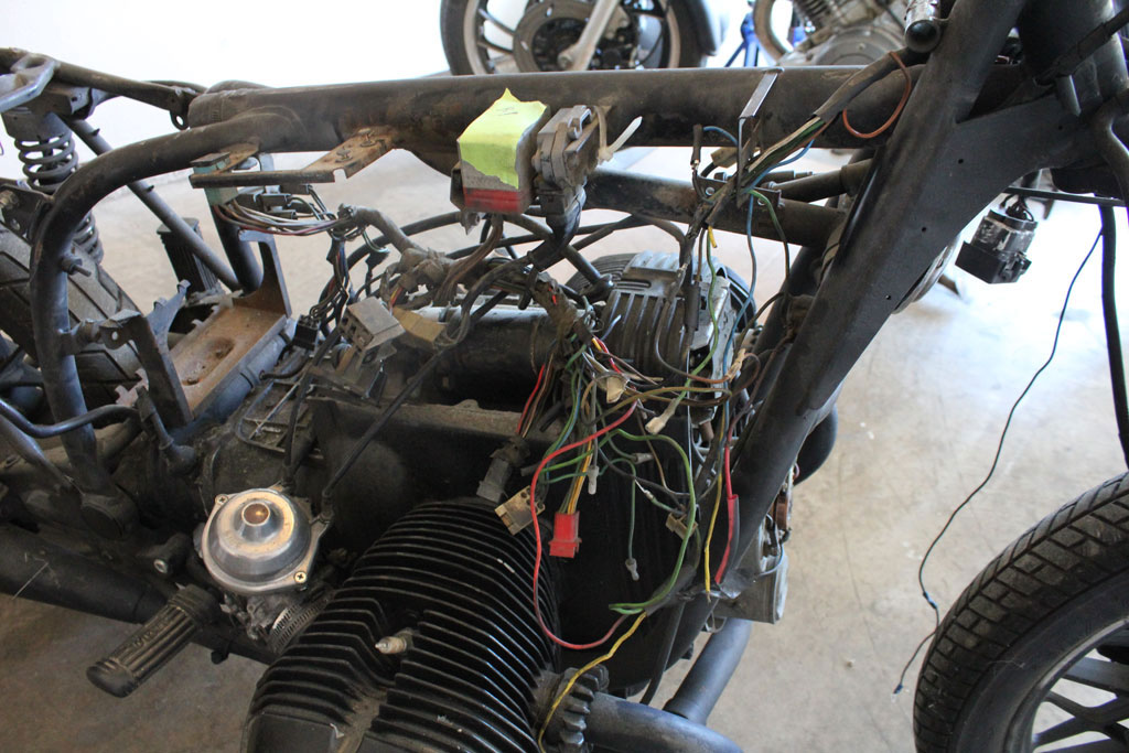 wiring harness cafe matty i also had a wiring diagram found at bmwmotorcycletech info r65schematic htm which proved invaluable