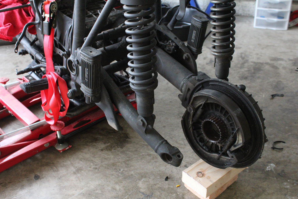 Swingarm and Motor Removal | Cafe Matty